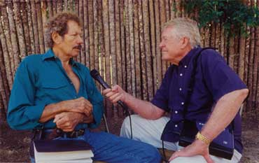 Tumbleweed Smith Interviewing Artist Bill Worrell photo by: Bill Murchison